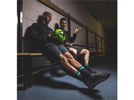 Новите обувки на аdidas издигат уличния футбол на ново ниво