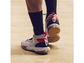 adidas D Lillard 2 Court 4 Sq