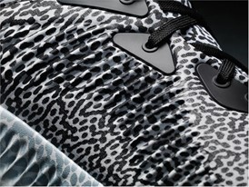 adidas running alphabounce print detail 01