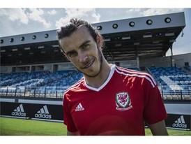 Gareth Bale FNF 02