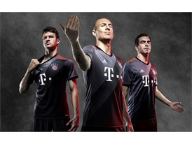 adidas FCB Away - 3Players (3)