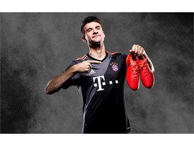 adidas FCB Away - Thomas Mueller (1)