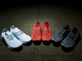 adidas running revoluciona el running con la introducción del color en su tecnología Boost Nuevo modelo UltraBOOST Uncaged triple red y triple black