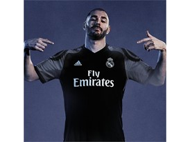 Real Madrid 3rd Kit INSTA 02