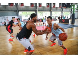 adidas Derrick Rose Take On Summer Tour China 5