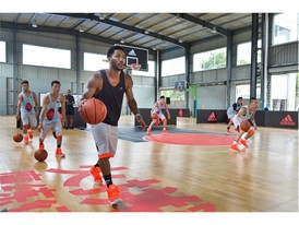 adidas Derrick Rose Take On Summer Tour China 2