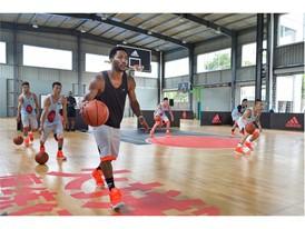adidas Derrick Rose Take On Summer Tour China 2