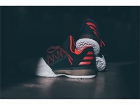 adidas Basketball_HardenVol1_Pioneer_8