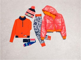 Holiday stellasport womens groupproduct outfit1 00009 Concrete