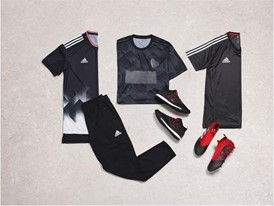 Holiday football mens group outfit18 00030 Concrete