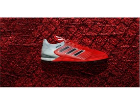 H adidas επανασχεδιάζει ένα κλασικό ποδοσφαιρικό παπούτσι με στοιχεία του σήμερα και παρουσιάζει το COPA 17 Red Limit