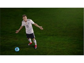 OZIL NEVERFOLLOW PR STILL 6