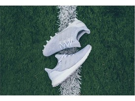 UltraBOOT Cleat 3x White Turf