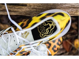 Uncaged Cheetah adizero40