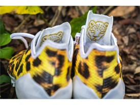 adidas Uncaged adizero Cheetah 4