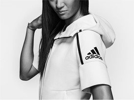 H adidas Athletics παρουσιάζει το νέο Z.N.E. Zero Dye Hoodie