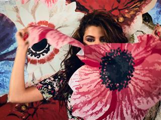 Selena Gomez enthüllt ihre neue Kollektion