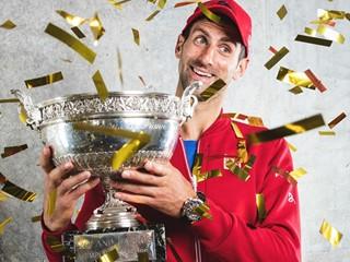 Новак Джокович спечели Ролан Гарос, постигайки историческа победа в турнири от Големия Шлем, носейки обувки adidas