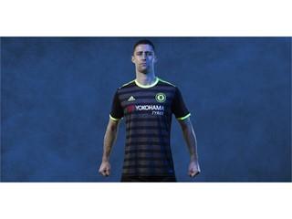 adidas prezintă noul echipament din sezonul 2016/17 al echipei Chelsea pentru meciurile din deplasare