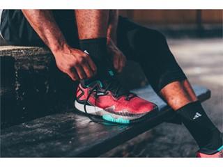 Η adidas και ο James Harden παρουσιάζουν το πιο εντυπωσιακό μπασκετικό παπούτσι, το νέο Ghost Pepper Crazylight 2016