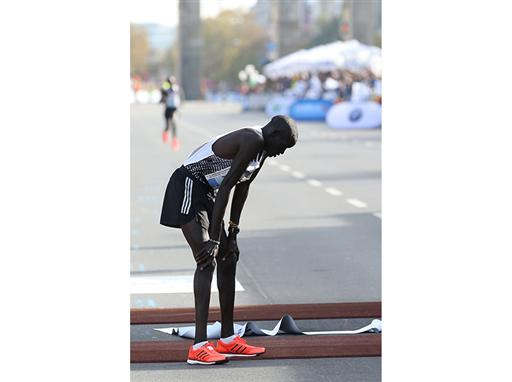 Dennis Kimetto Smashes Marathon Record 3