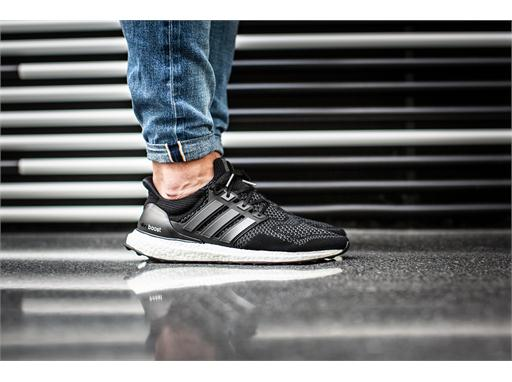 Black Ultra BOOST 11