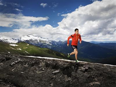 El atleta adidas Luis Alberto Hernando preparado para la aventura del Utra-Trail du Mont-Blanc #UTMB
