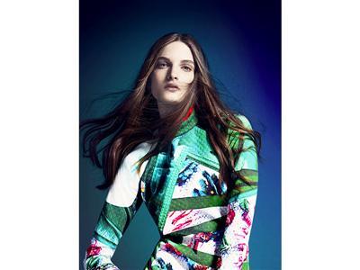 初のコラボレーション コレクション「adidas Originals by Mary Katrantzou」を発表