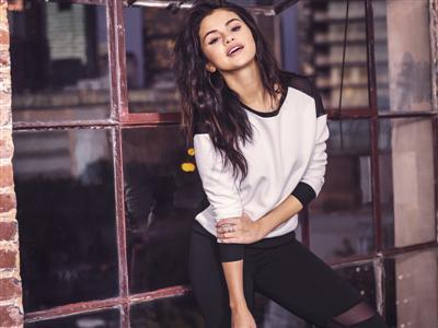 Selena Gomez SS'15 10