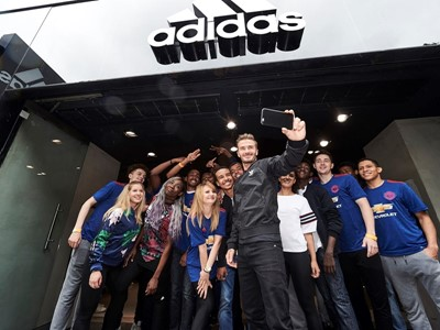 BECK IN TOWN - David Beckham takes a selfie at the adidas Oxford Street ...