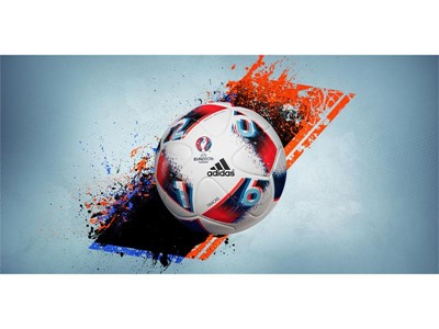 adidas UEFA EURO 2016 Eleme Turu Resmi Maç Topu Fracas'ı görücüye çıkardı