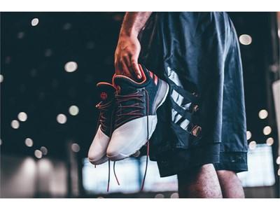 adidas Basketball_HardenVol1_Pioneer_10