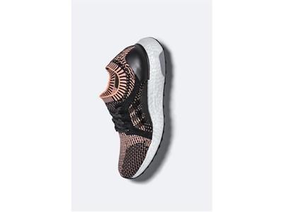 Η adidas παρουσιάζει το απόλυτο παπούτσι running σχεδιασμένο αποκλειστικά για γυναίκες, το νέο UltraBOOST X