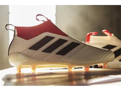 Ένα είδωλο του ποδοσφαίρου επιστρέφει με το νέο adidas champagne pack