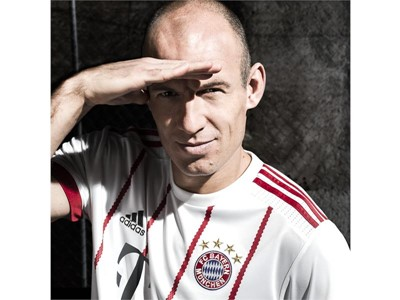 FC Bayern UCL-Trikot 5