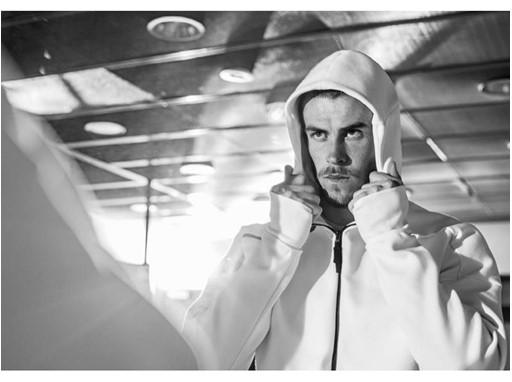 adidas Athletics - Z.N.E. Hoodie - Bale.jpg