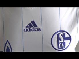 Schalke 04 und adidas präsentieren neues Auswärtstrikot