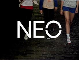 adidas NEO Q3