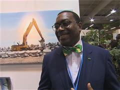 """COP 21 Day 1 - African Pavilion """"L'Afrique à la COP21"""" Presentation"""