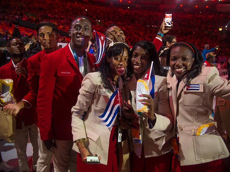 Christian Louboutin & SportyHenri.com Cuban Delegation Outfits Closing Ceremony Rio 2016 alexferro (2)