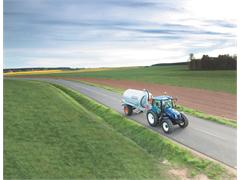 New Holland launches T6 Auto Command™: enhanced efficiency and productivity in a compact format