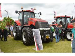 Flagship CASE IH Magnum 370 CVX launched at CEREALS 2013