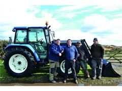 Bullseye for New Holland as world darts champion Scott Mitchell  spends winnings on T5060 tractor
