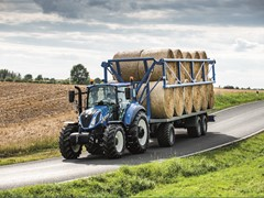 New Holland Agriculture T5.120 wins Best Utility title in the Tractor of the Year® 2017 Awards