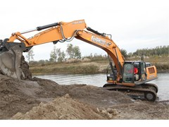 CASE CX350D Excavator Provides Speed, Fuel Efficiency and Power for Family-Owned Business