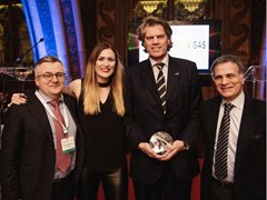 """IVECO Stralis NP, the first natural gas truck for long-haul operations, elected """"Project of the Year"""" at European Gas Awards of Excellence 2017"""