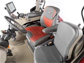 Puma 240 CVX Maximo Evolution seat