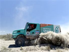 Gerard de Rooy wins the second Dakar special with the Iveco Powerstar