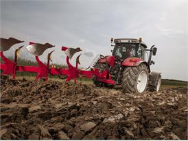 Steyr 6240 CVT Ploughing