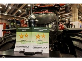 Case IH Award - Fieragricola 02